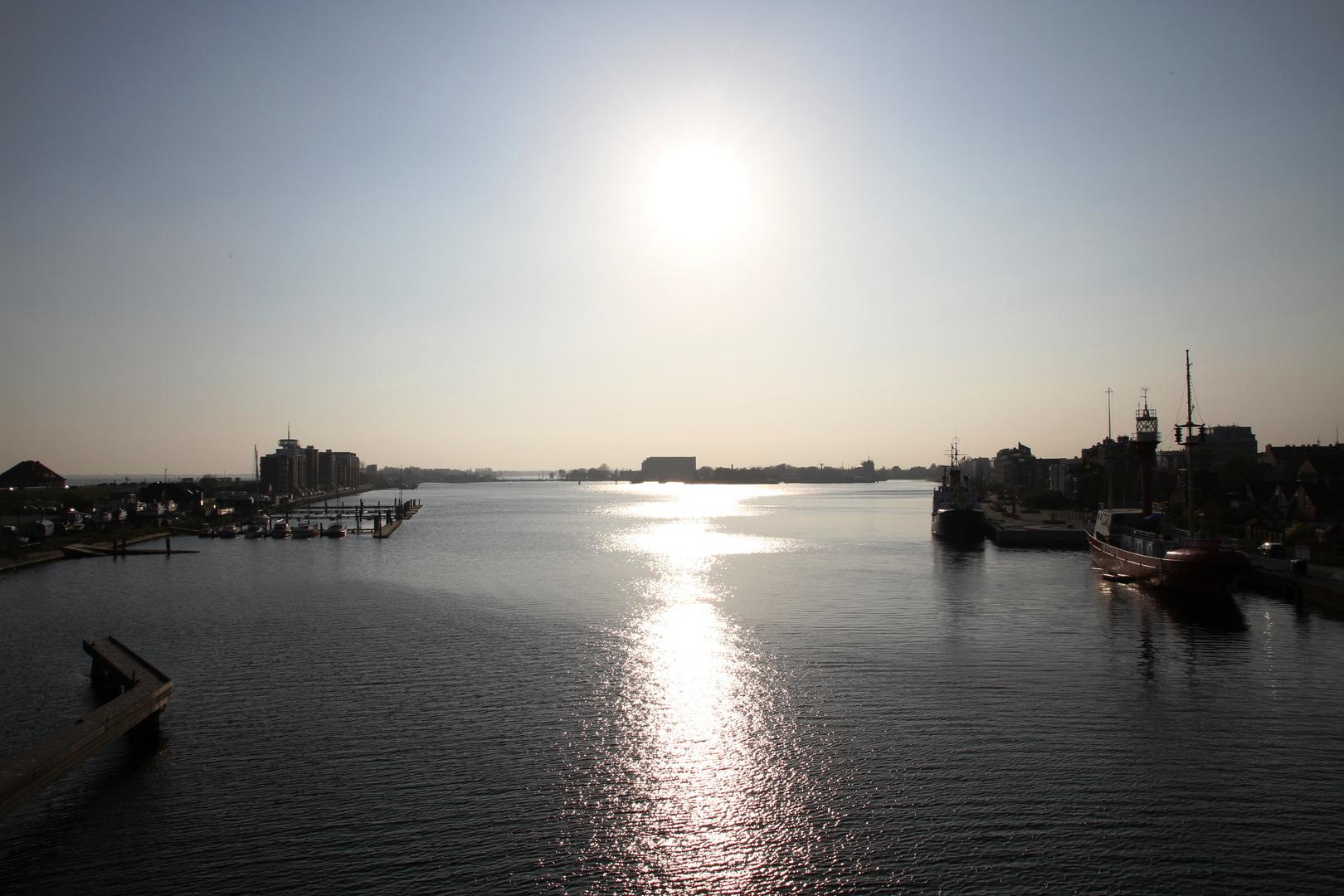 Auf der Kaiser-Wilhelm-Brücke! 18.04.2010!