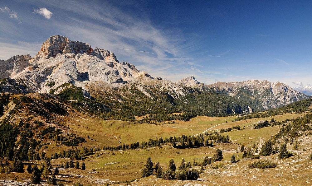 Auf einem der schönsten Hochplateaus Südtirols liegt im Moment noch fast 2 Meter Schnee....