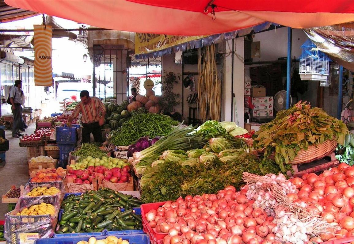 Auf einen Markt in Antalya