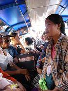 Auf einer Pobacke unterwegs in Laos