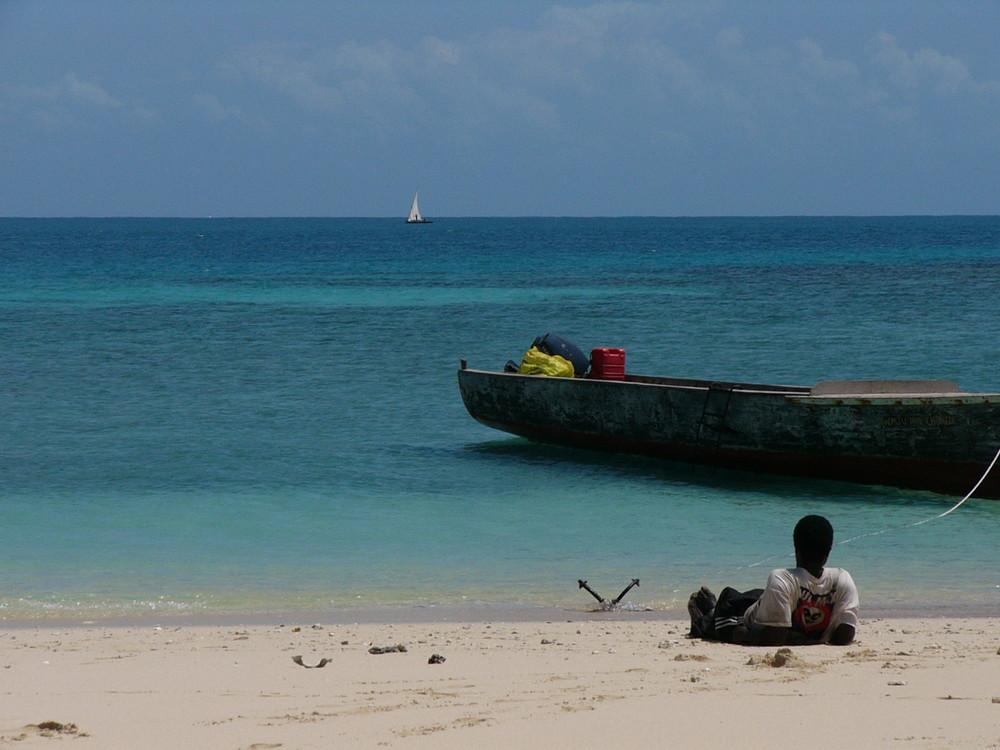 Auf einer Sandbank vor Tanzania in der Nähe von Pangani.