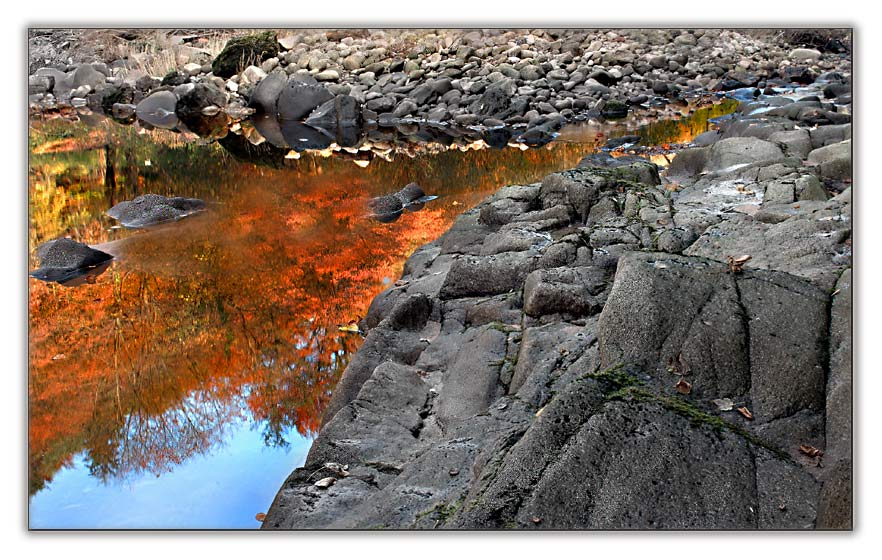 auf Goldsuche am Fluss