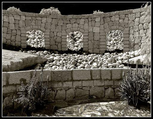 Auf Steine gebaut
