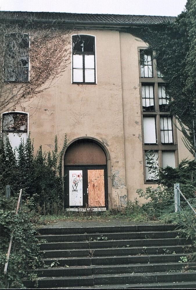 Aufbau West dringend nötig! Marode Gebäude in der City von Mettmann