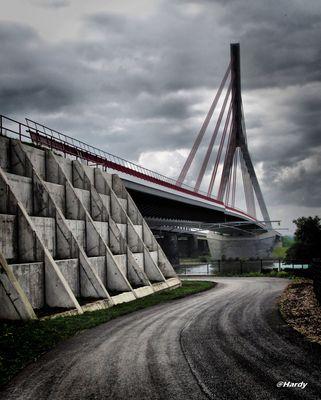 Auffahrt der neuen Rheinbrücke in Wesel!