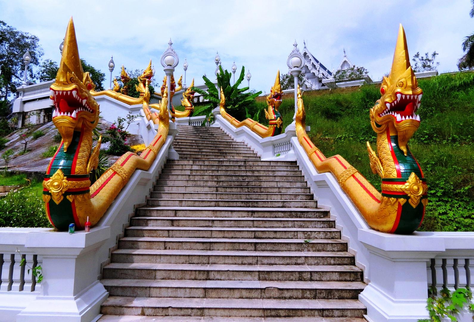 Aufgang Wat Kaew