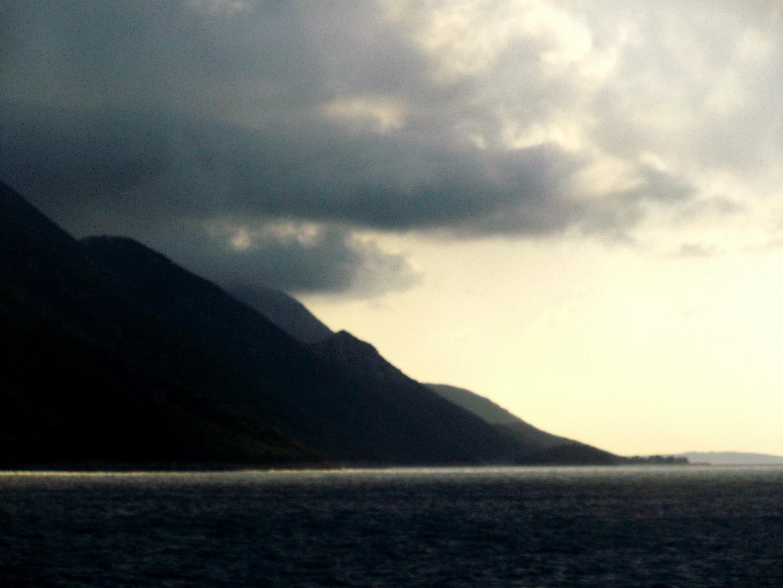 Aufkommendes Gewitter bei der Insel Korkula