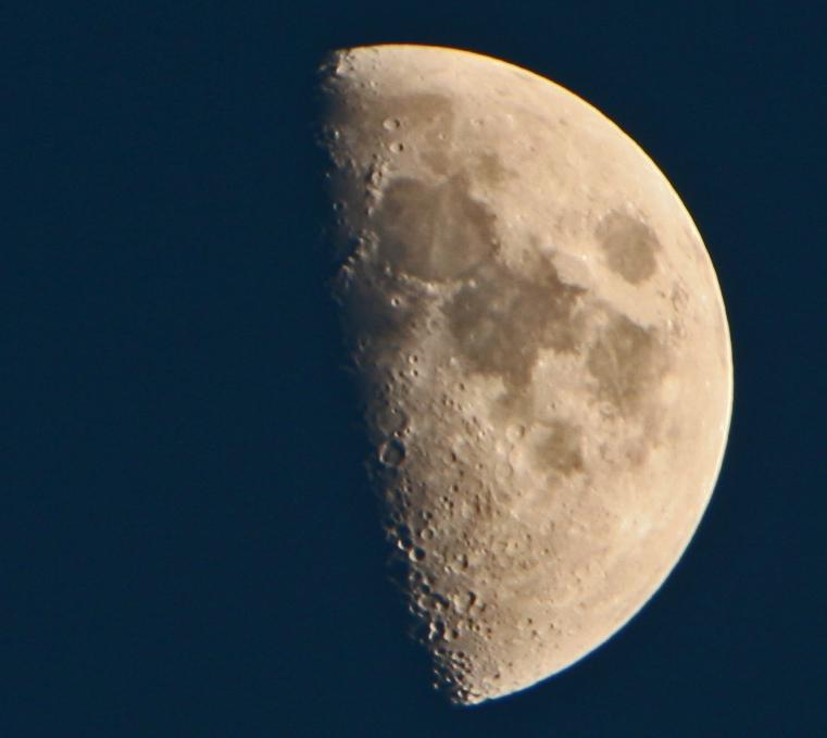 Aufnahme Mond Standort CH-Worb
