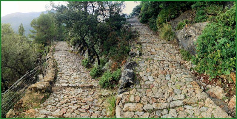 Aufstieg zum Puig de Maria (Mallorca)