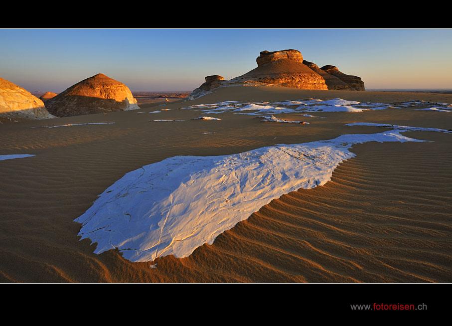 auftauchen - Kreidefels in der Weissen Wüste