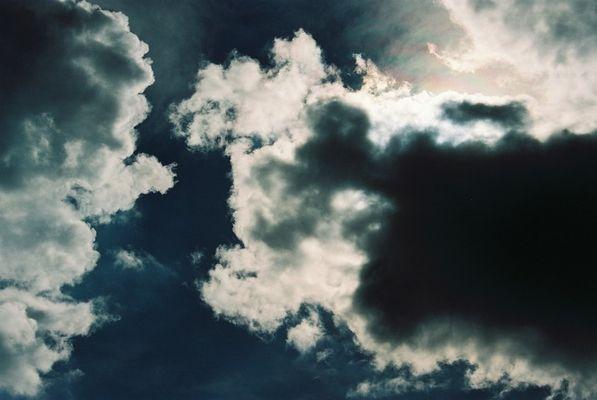 Aufziehende Wolken