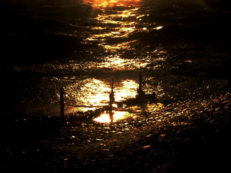 Aufziehender Sturm im Sonnenuntergang
