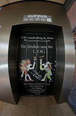 Aufzug-Türen