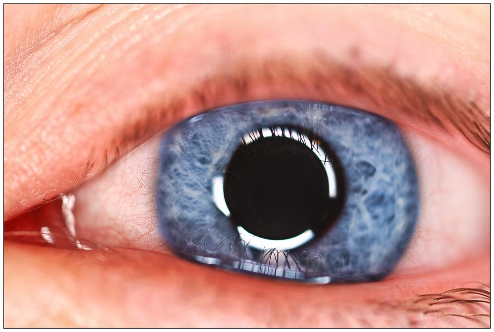 Augenblau