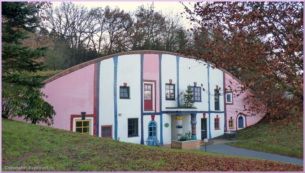 Augenschlitz-Haus 2