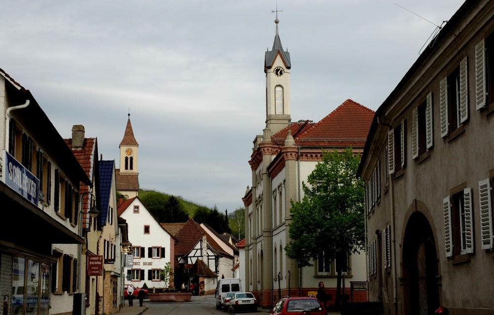 """Auggen im Markgräflerland """"Hauptstraße mit Rathaus"""""""