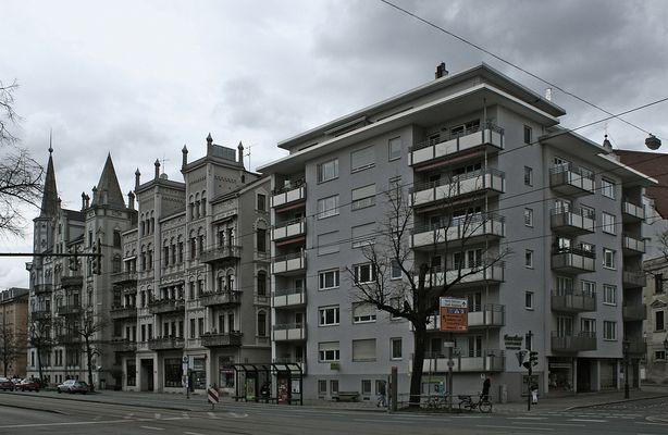 Augsburg: Gollwitzer-Häuser und 50er-Jahre-Bau