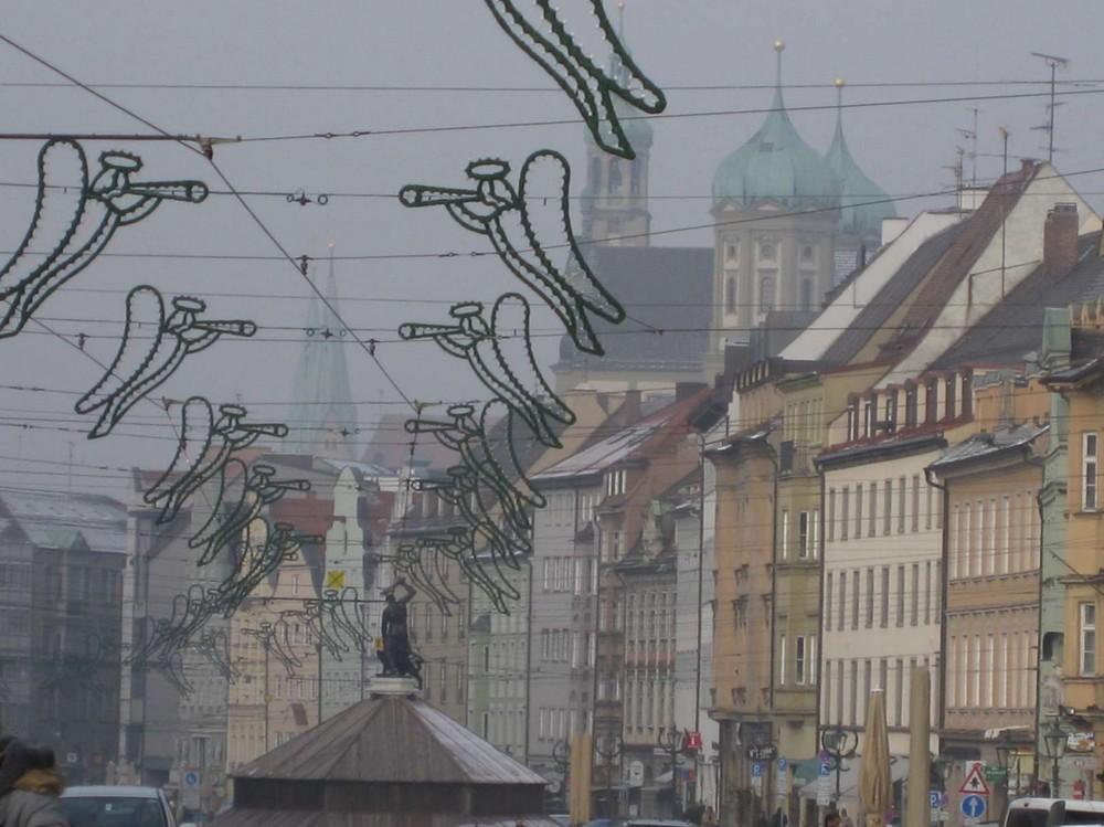 Augsburg im Winternebel