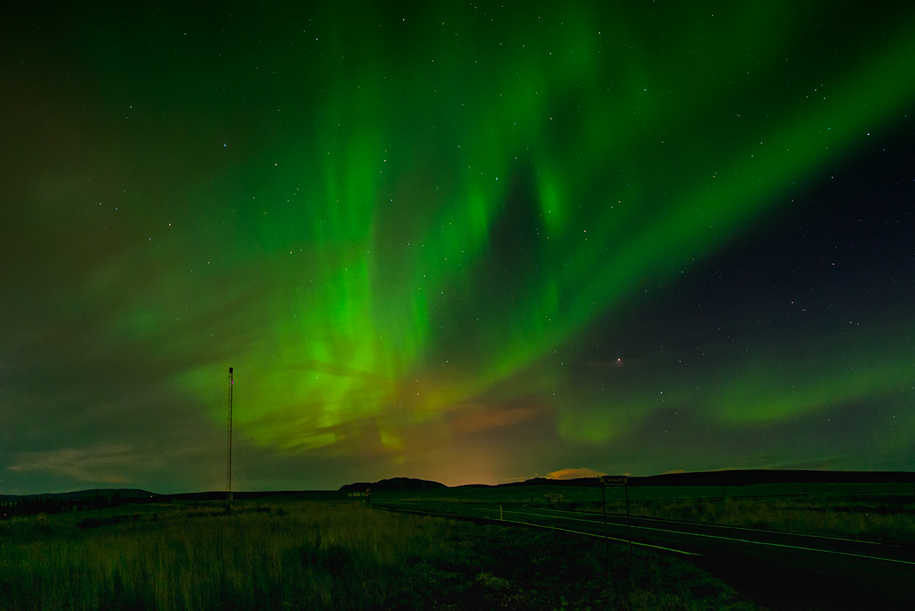 aurora borealis o the road