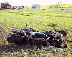 Aus dem Polizeibericht vom 11. Mai 2005: Motorrad prallte gegen Lkw ...