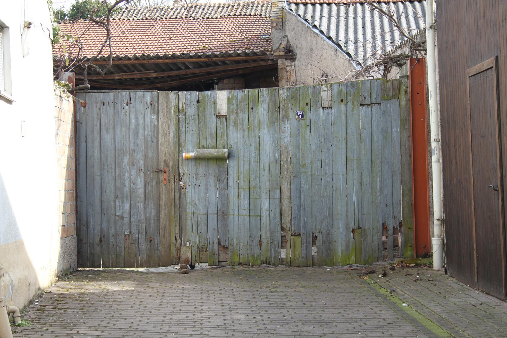 """aus der Serie """"Eingänge/Türen"""""""