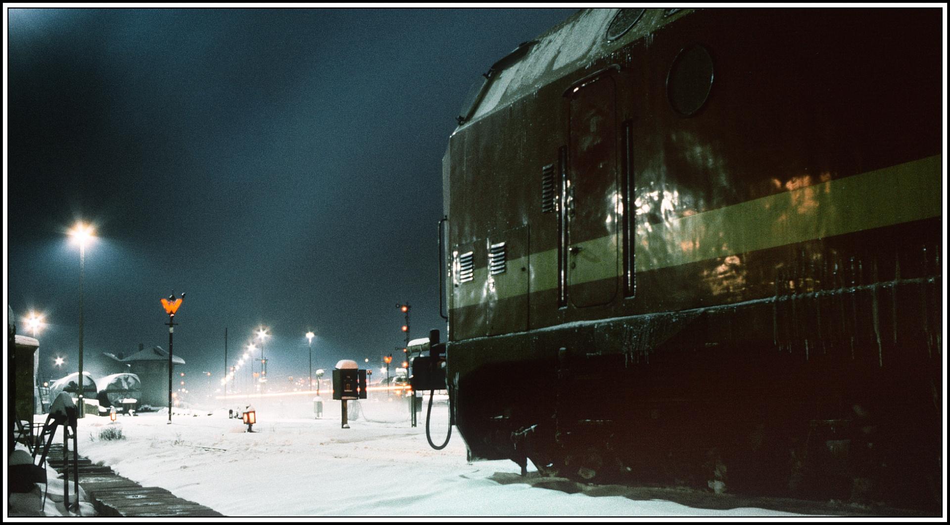 Aus der Serie Nacht/Schnee und Winter 1987 noch ein Bildchen