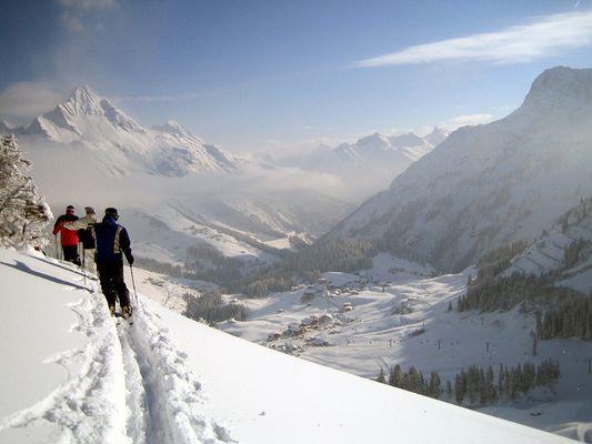 Ausblick auf Warth am Arlberg