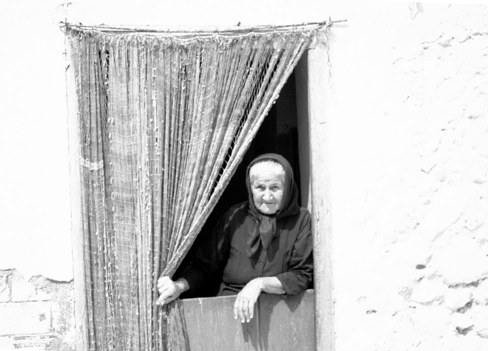 Ausblick einer alten Dame