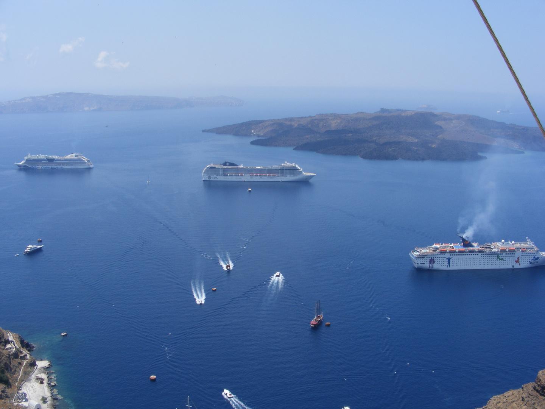 Ausblick in die Bucht von Santorin