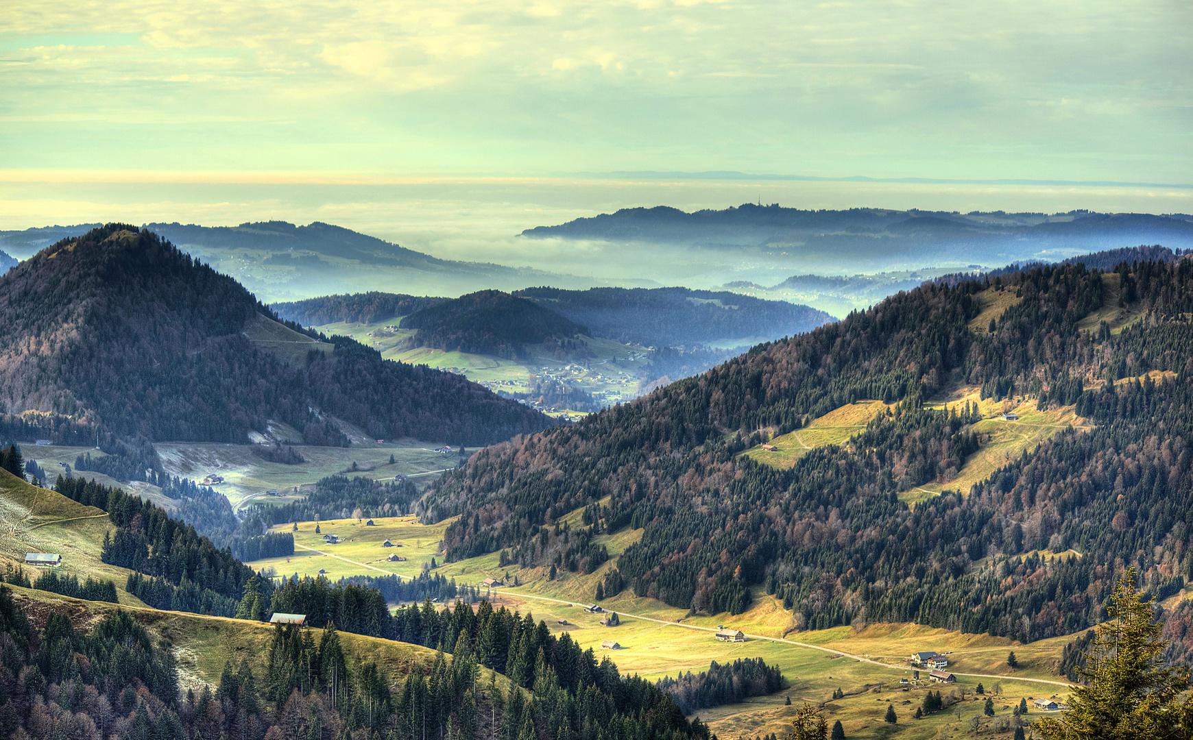 Ausblick über Sippersegg bis zur Pfänderspitze