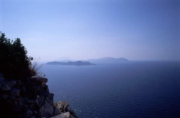 Ausblick vom Kastéllos-Kamiros auf Rhodos