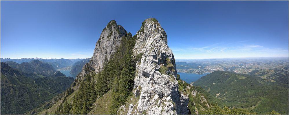 Ausblick zum Traunstein-Gipfel
