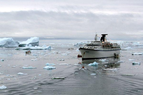 Ausbooten in Ilulissat (Diskobucht / Grönland)