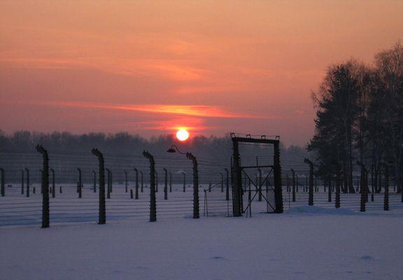 Auschwitz Birkenau (9) - Sonne über Auschwitz