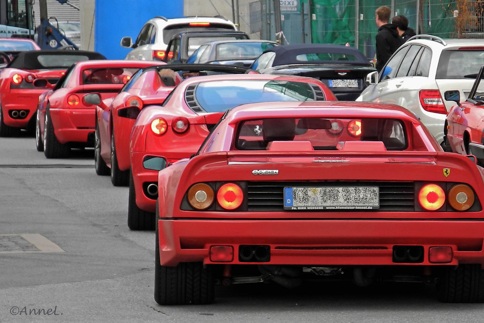 Ausfahrt der Ferraris
