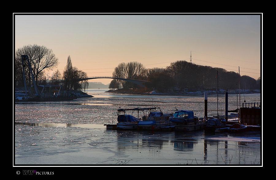 Ausfahrt zum Rhein