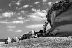 Ausgewaschene Felsküste bei Magaluf