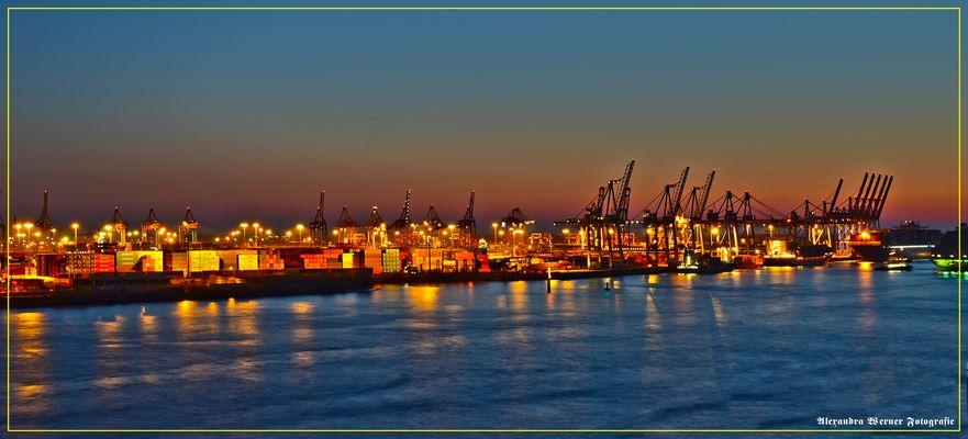 Ausicht vom Dockland Hafen Hamburg