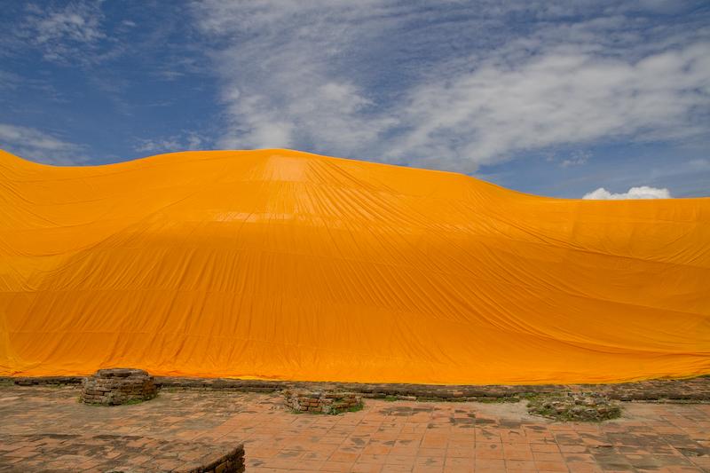 Ausschnitt eines liegenden Buddhas