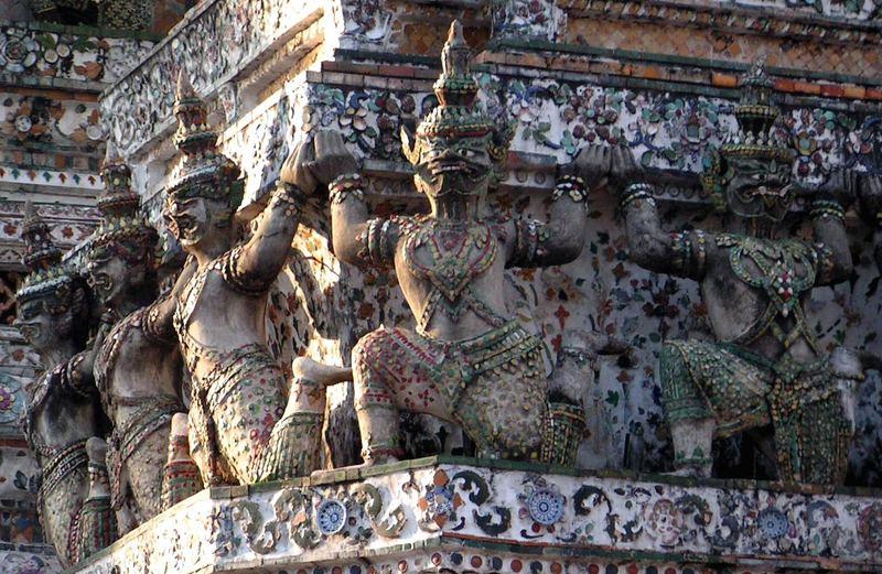 Ausschnitt vom Wat Arun in Bangkok