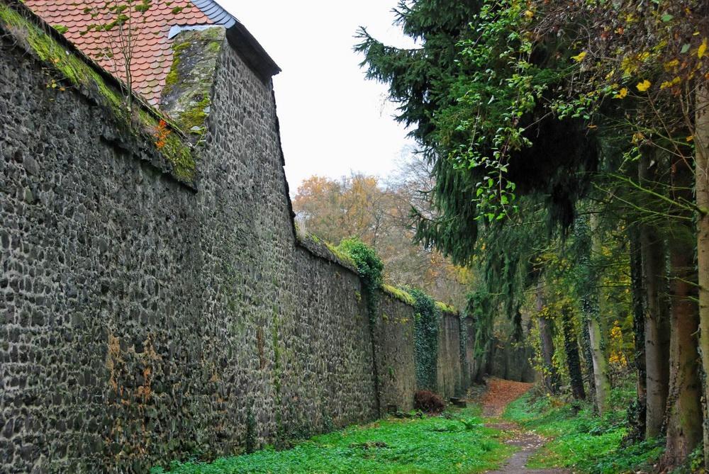 Außenmauer Kloster Arnsburg