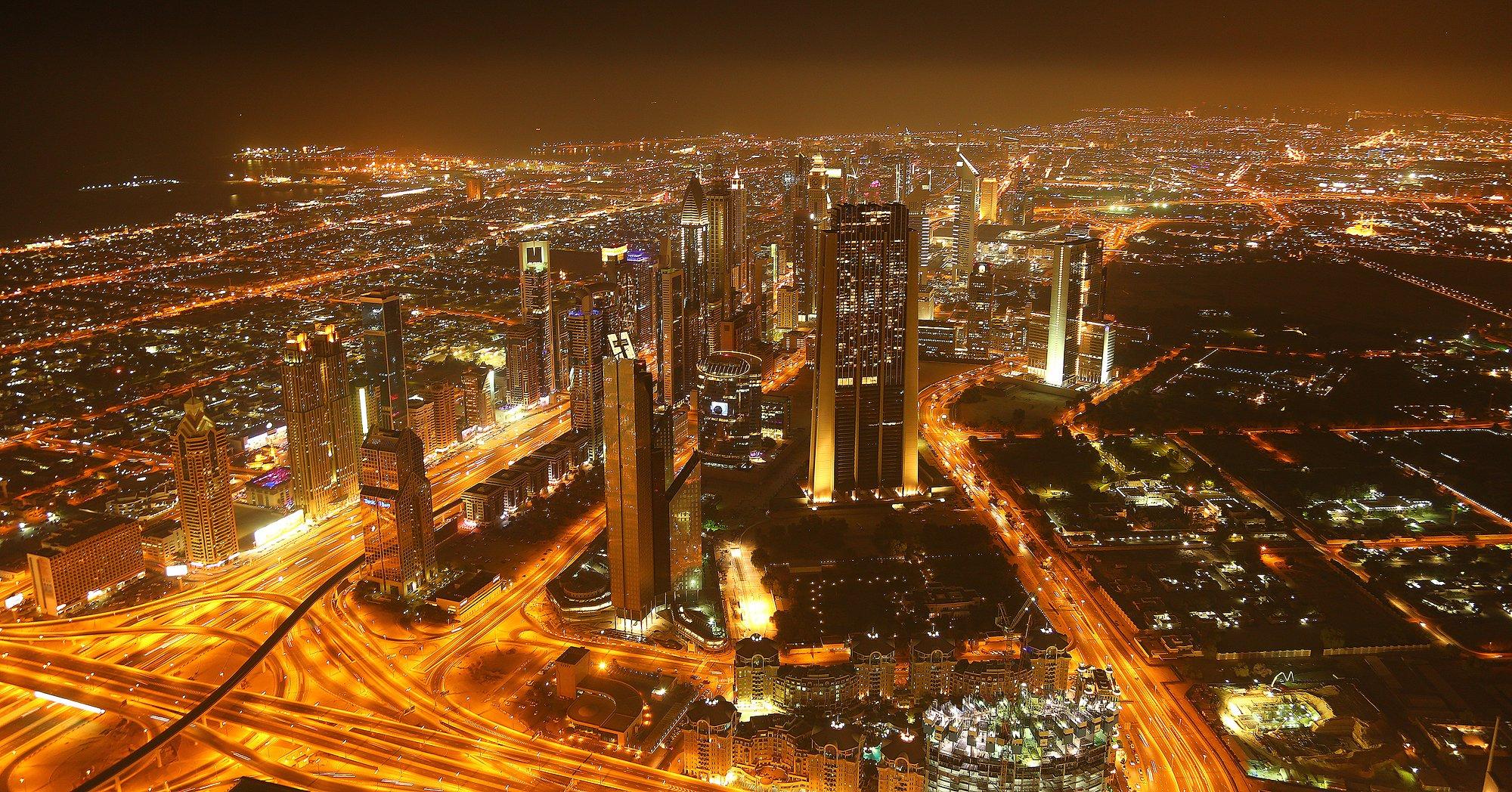 Aussicht bei nacht vom burj khalifa