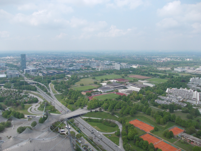 Aussicht Olympiaturm (ca. 200 Meter)