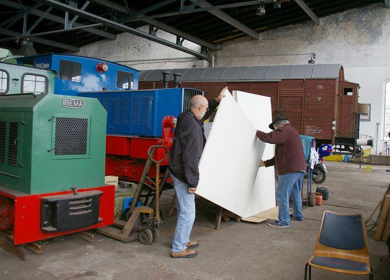 Ausstellungsvorbereitungen......Danke Alfred und Joachim !