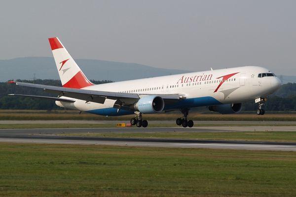 Austrian Airlines Boeing 767-31A(ER)