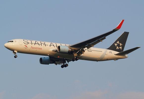 Austrian Airlines Boeing 767-3Z9(ER)