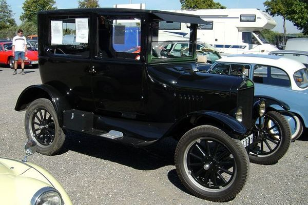 Auto aus der guten alten Zeit