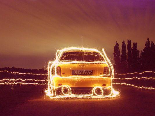 Auto - Wunderkerzenmalerei - 3 von 3 (Serie) - Audi S4 (B5)