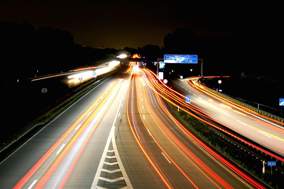Autobahn bei Nacht...