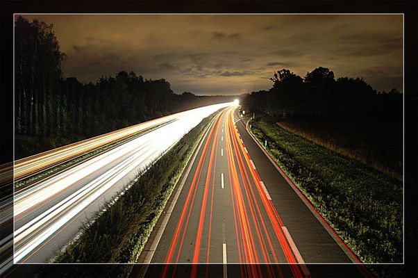 -- Autobahn bei Nacht - Neu --